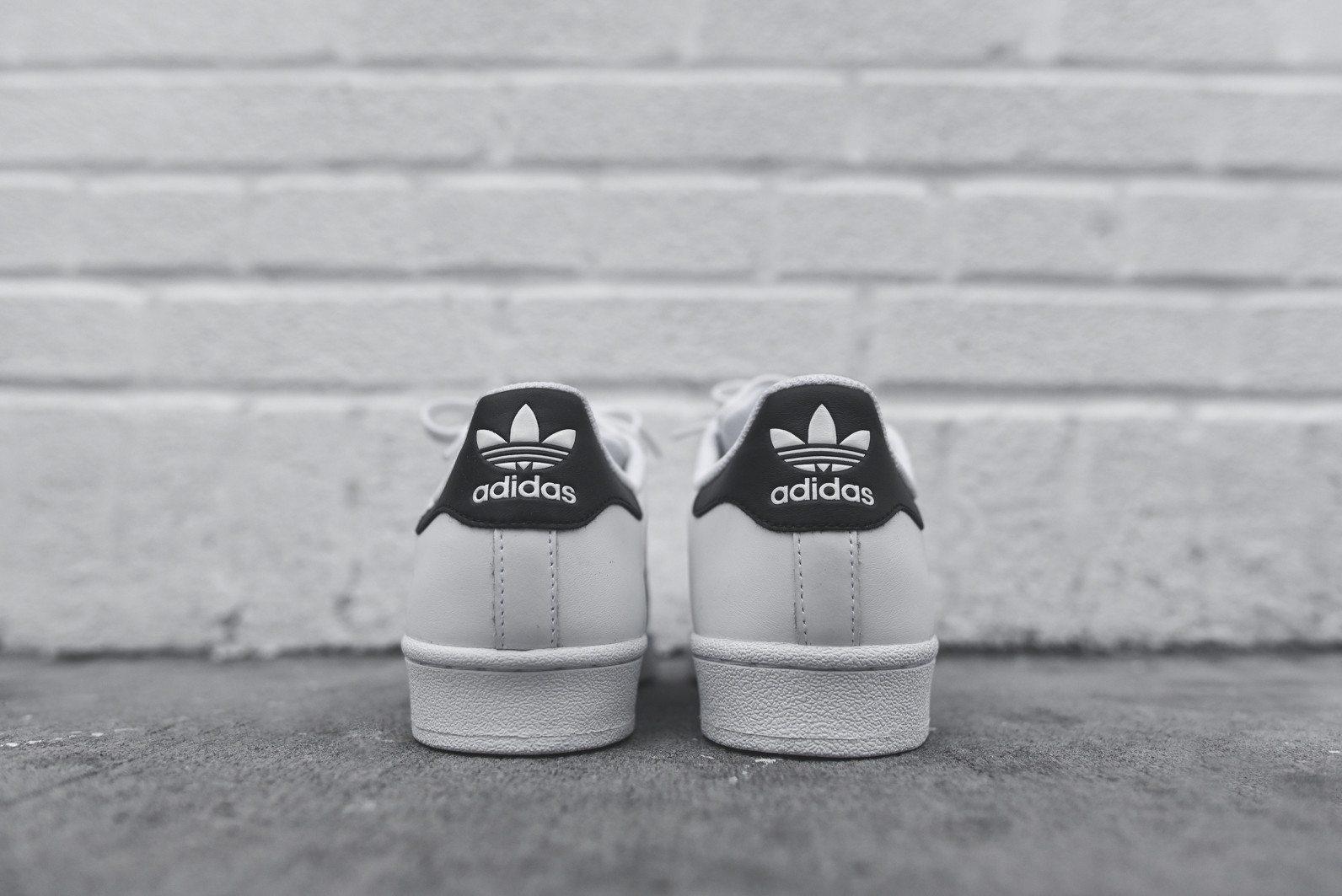 adidas Originals Superstar White Black 5