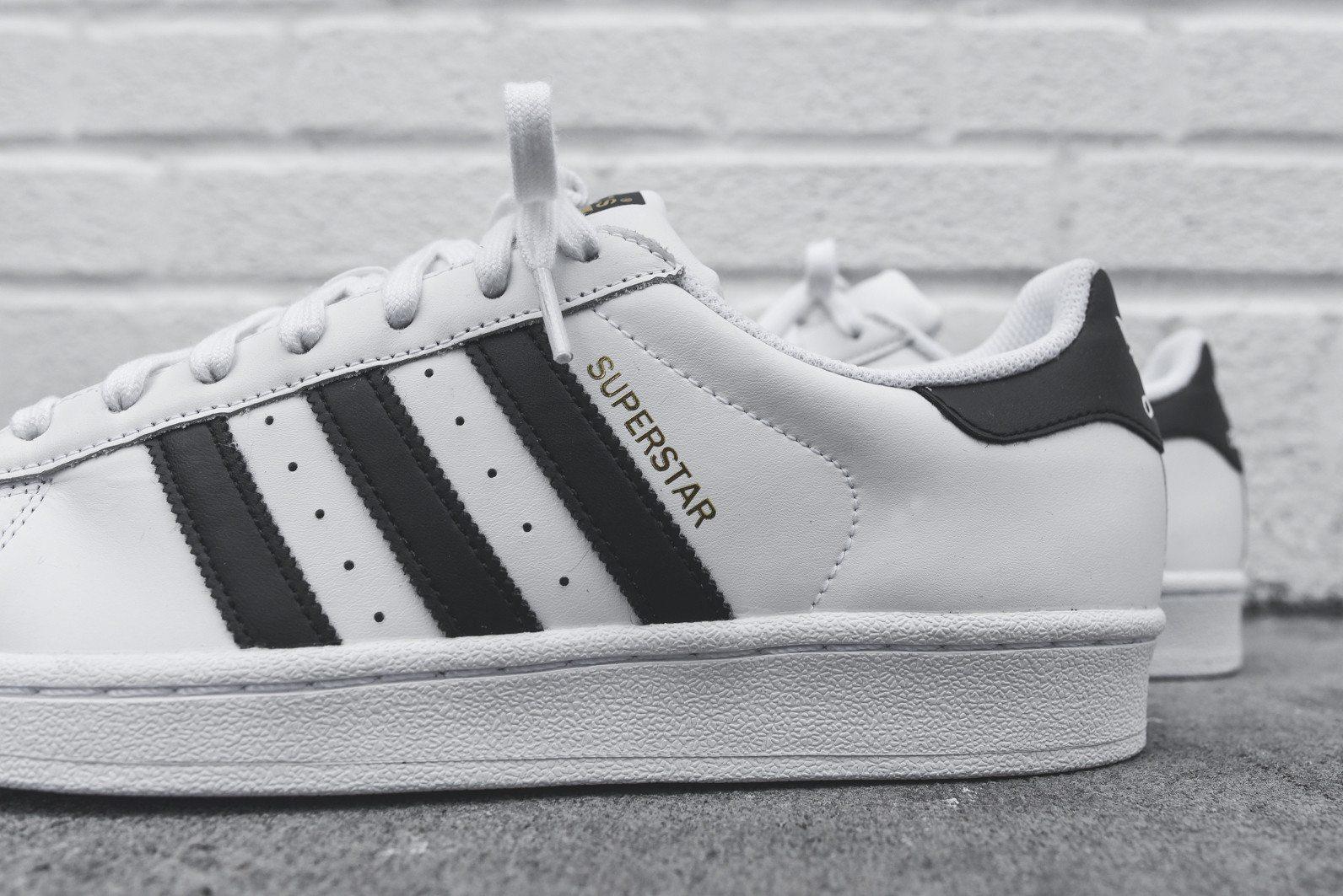 adidas Originals Superstar White Black 7
