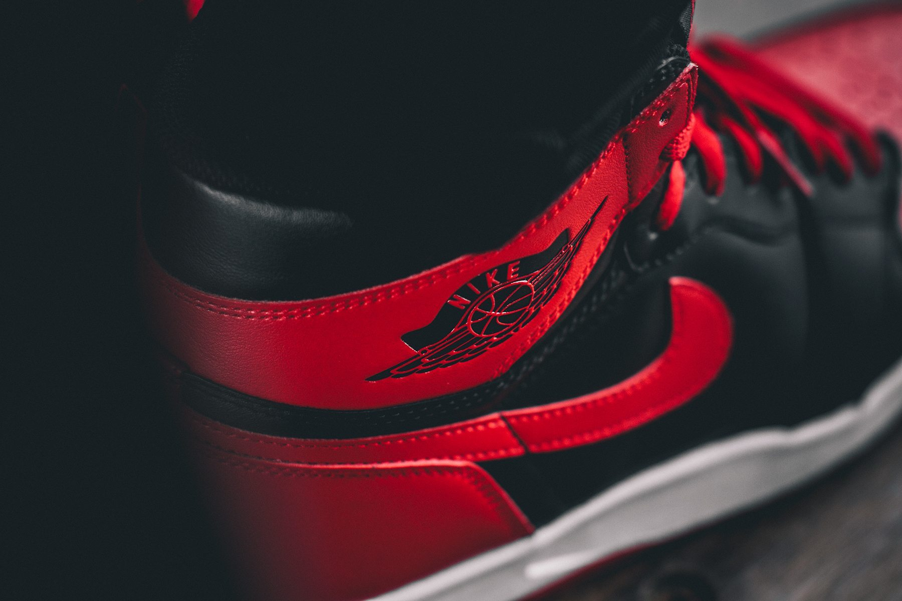 Air Jordan 1 Retro High Bred 5
