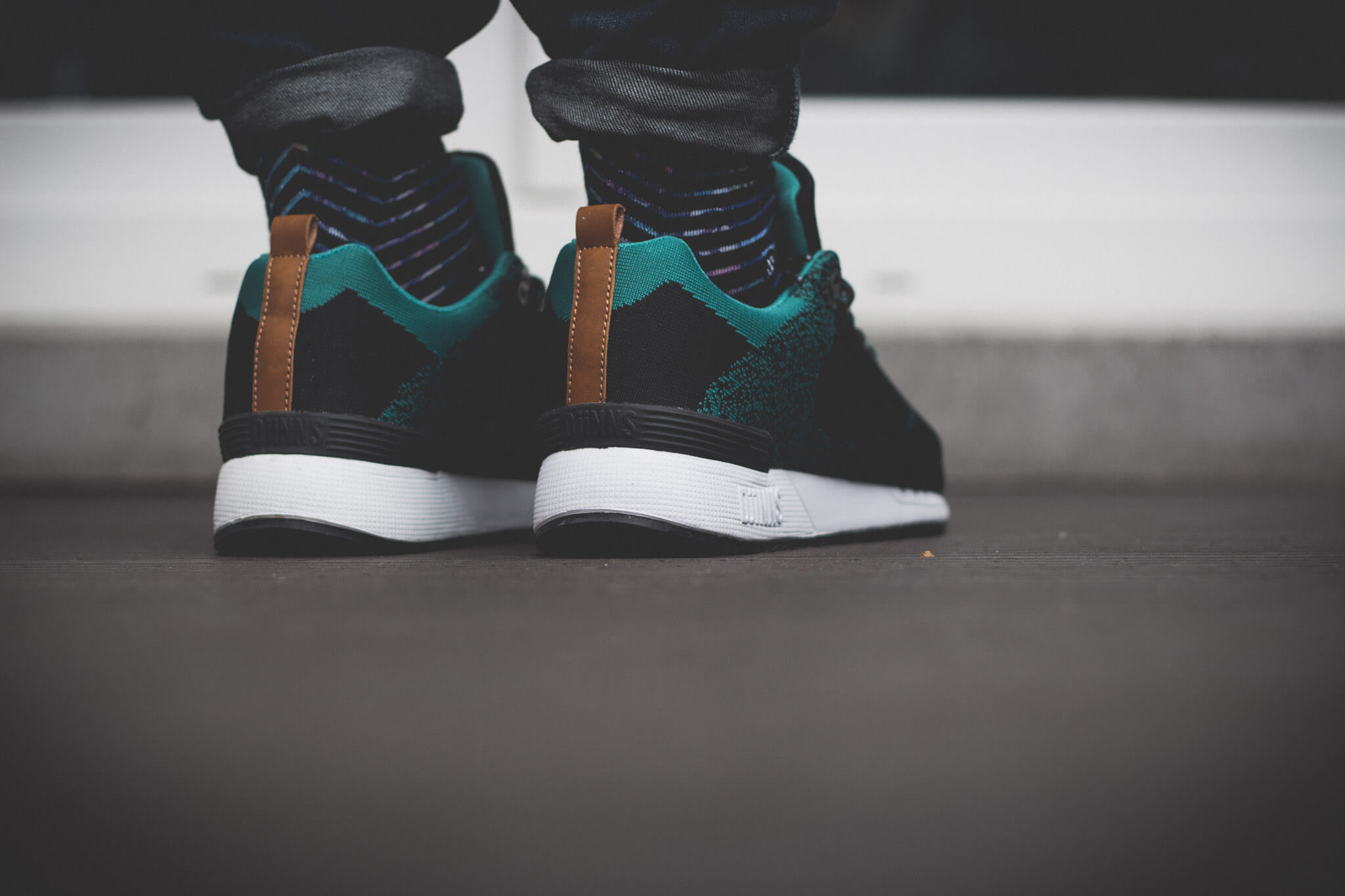 Djinns x Sole Hunters EasyRun Hunter 111