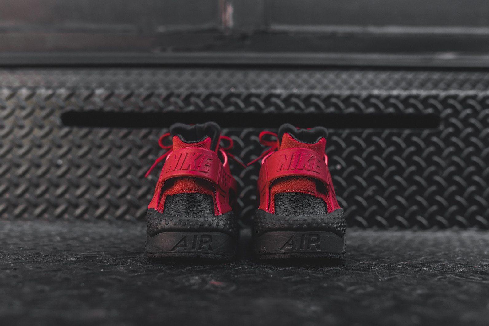 Nike Air Huarache Run PRM Black Gym Red 5