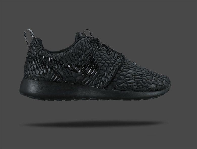 Nike Roshe One Diamondback Black
