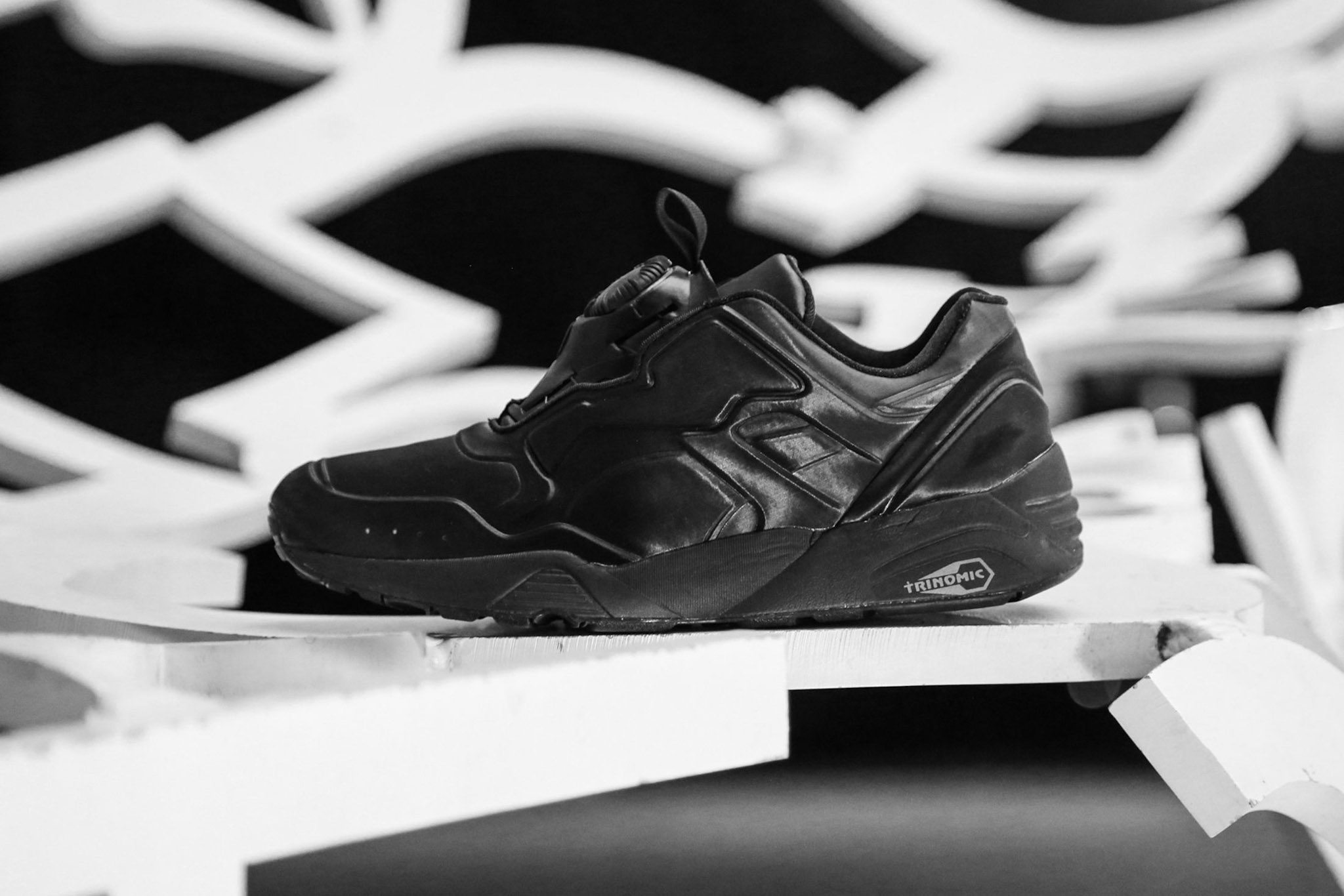 PUMA DISC 89 All Red All Black 12