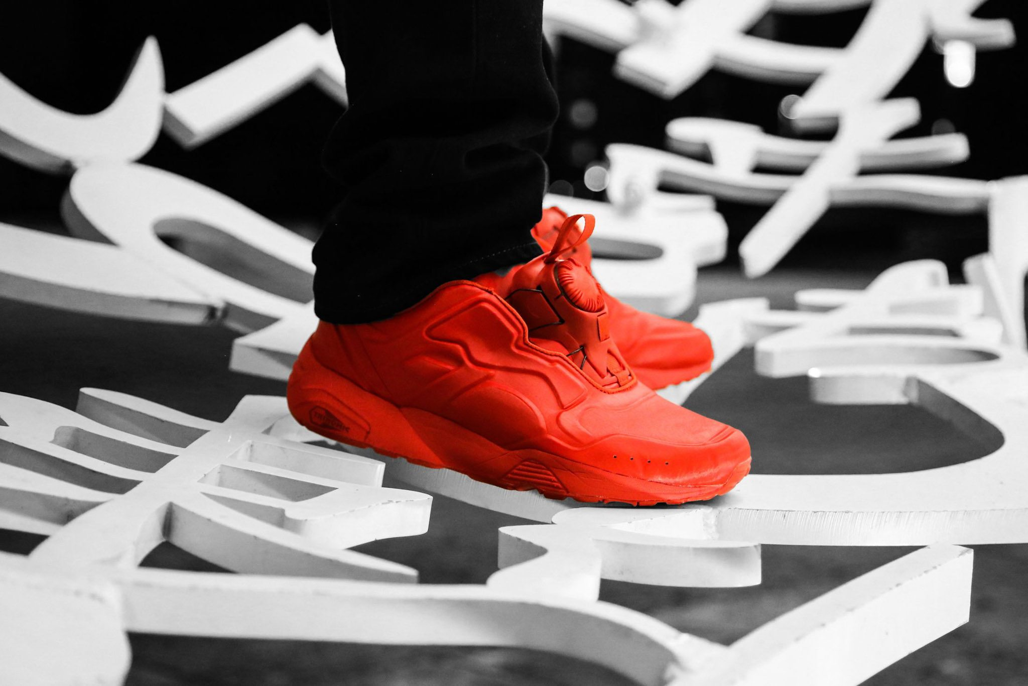 PUMA DISC 89 All Red All Black 2