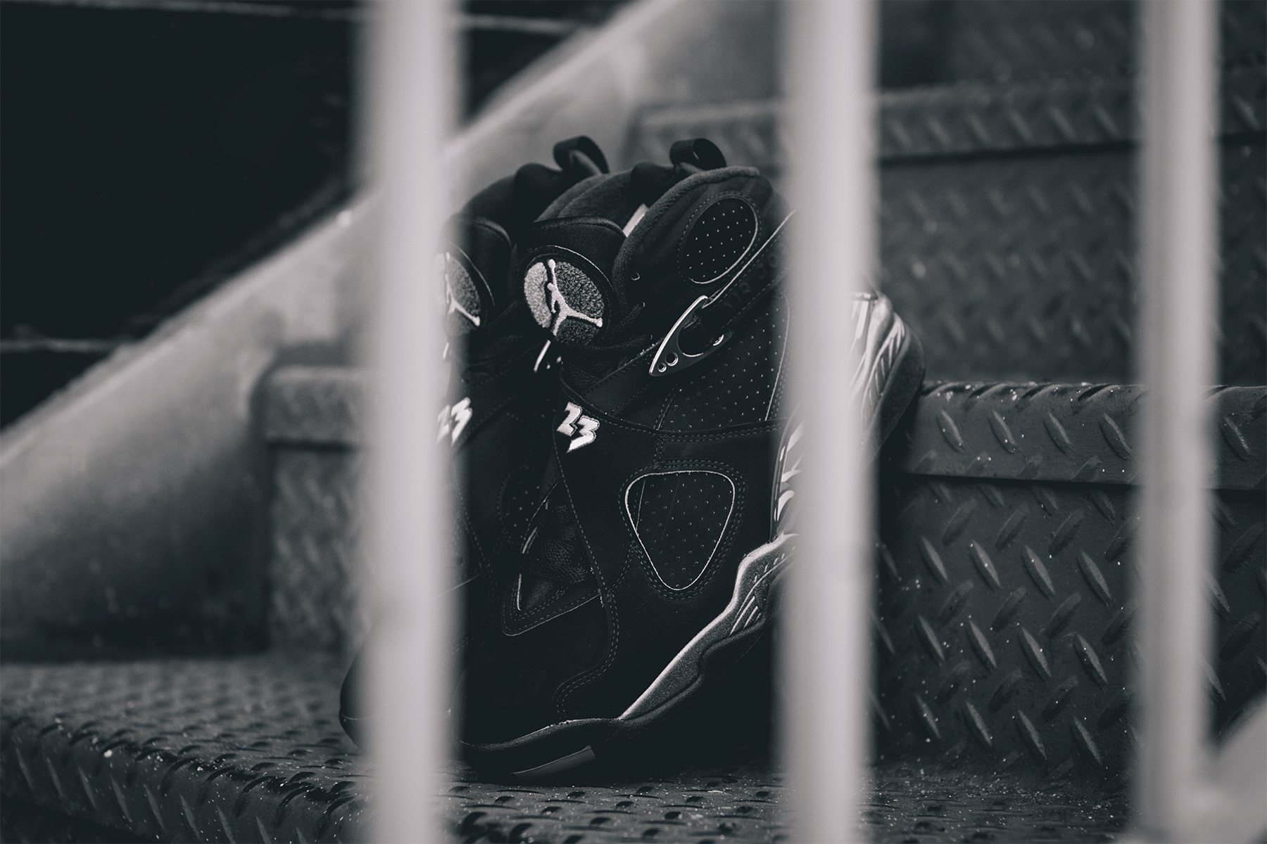 Air Jordan 8 Retro Chrome 5