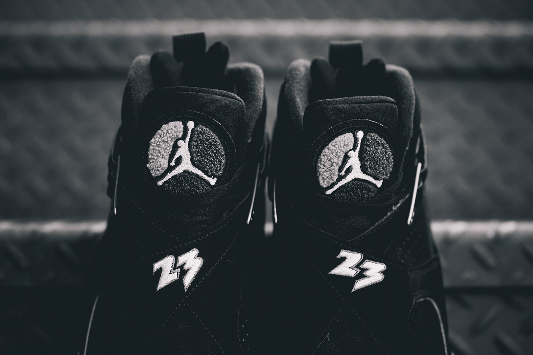Air Jordan 8 Retro Chrome 7