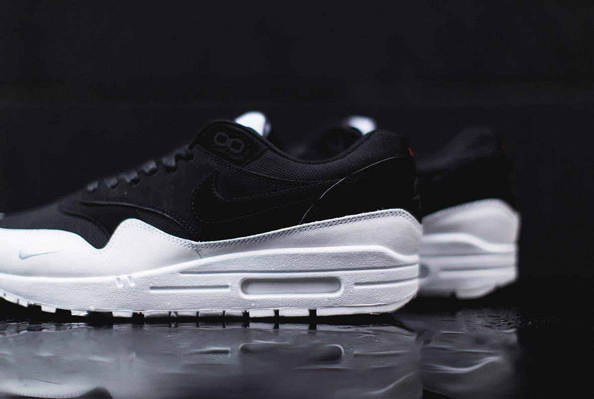 Nike Air Max 1 The 6 3