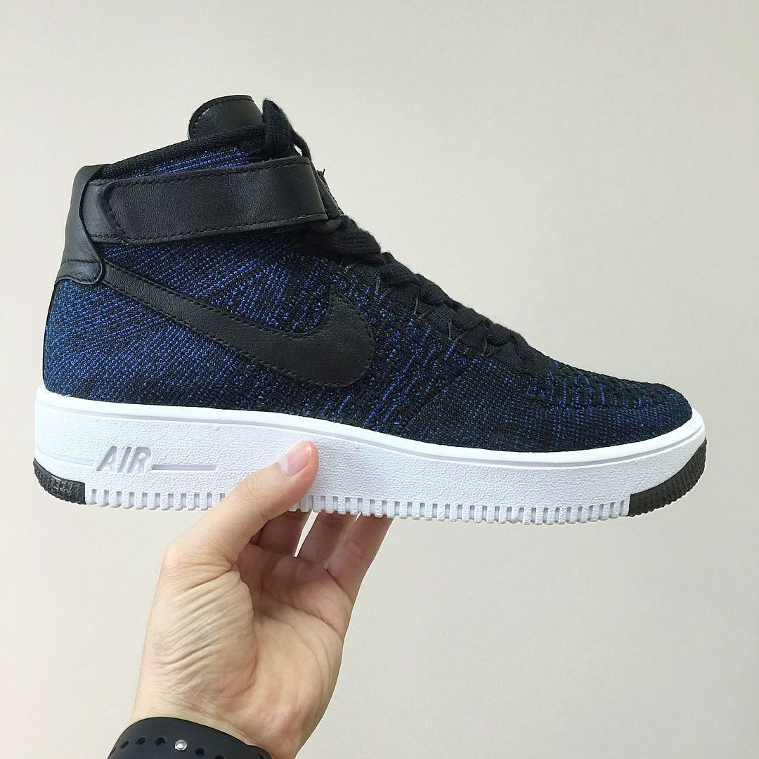Nike Air Force 1 Flyknit 3