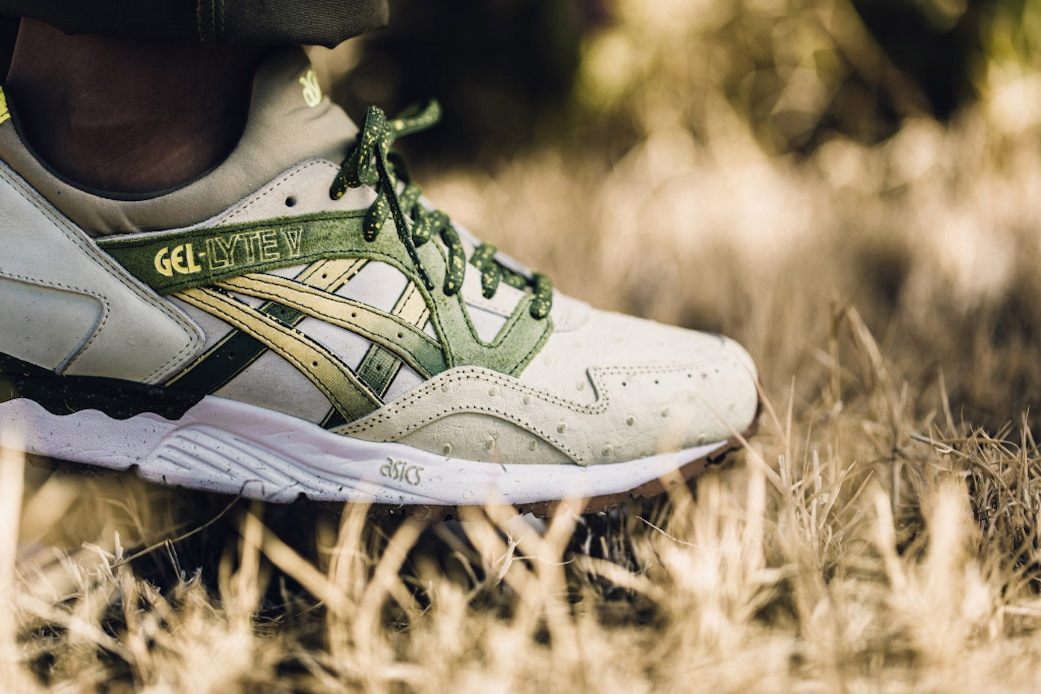 Feature x ASICS Gel Lyte V Prickly Pear 2