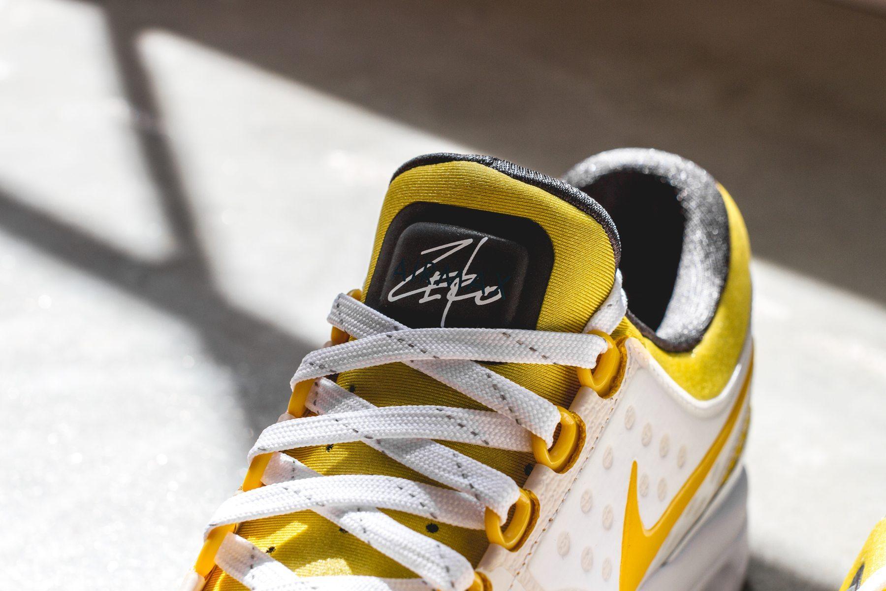 Nike Air Max Zero Tinker Hatfield 4