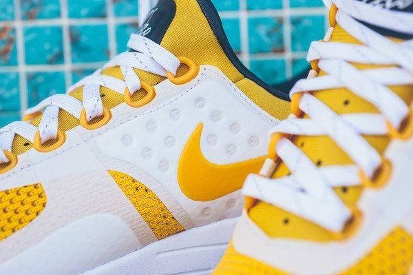 Nike Air Max Zero Vivid Sulfur 4