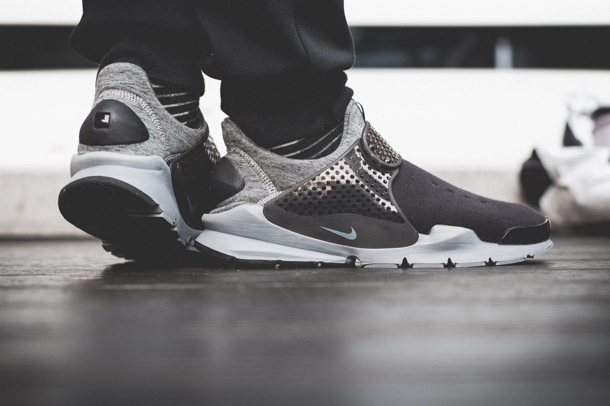 NikeLab–Sock–Dart–Tech–Fleece 11