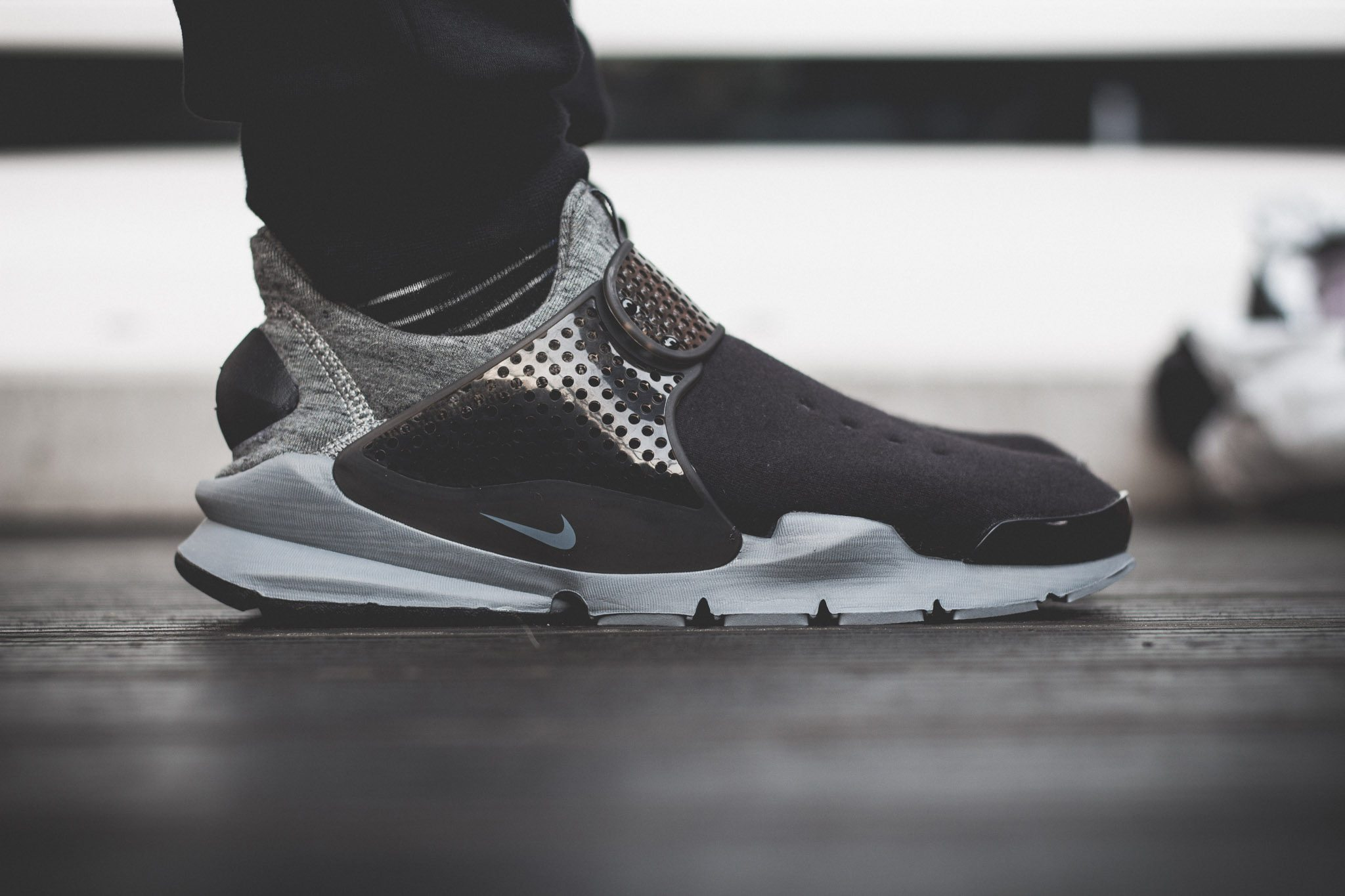 NikeLab–Sock–Dart–Tech–Fleece 1