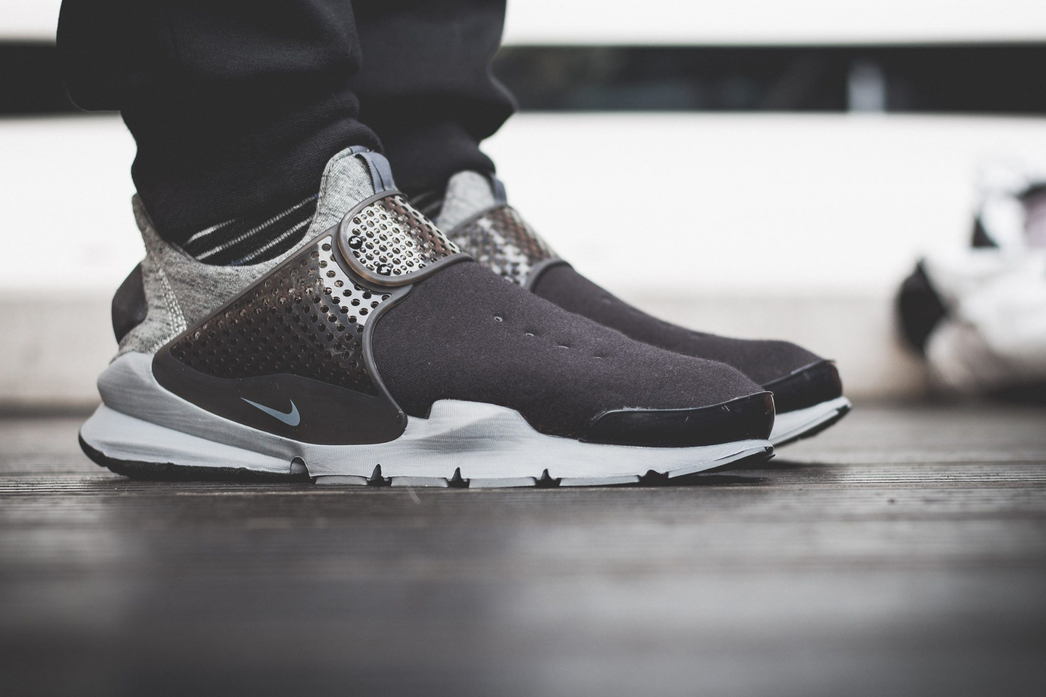 NikeLab–Sock–Dart–Tech–Fleece 2