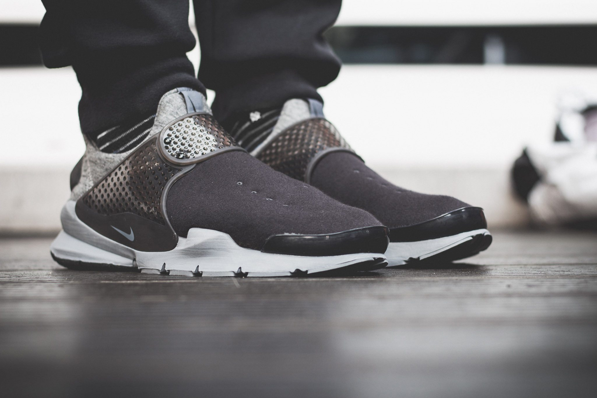 NikeLab–Sock–Dart–Tech–Fleece 3