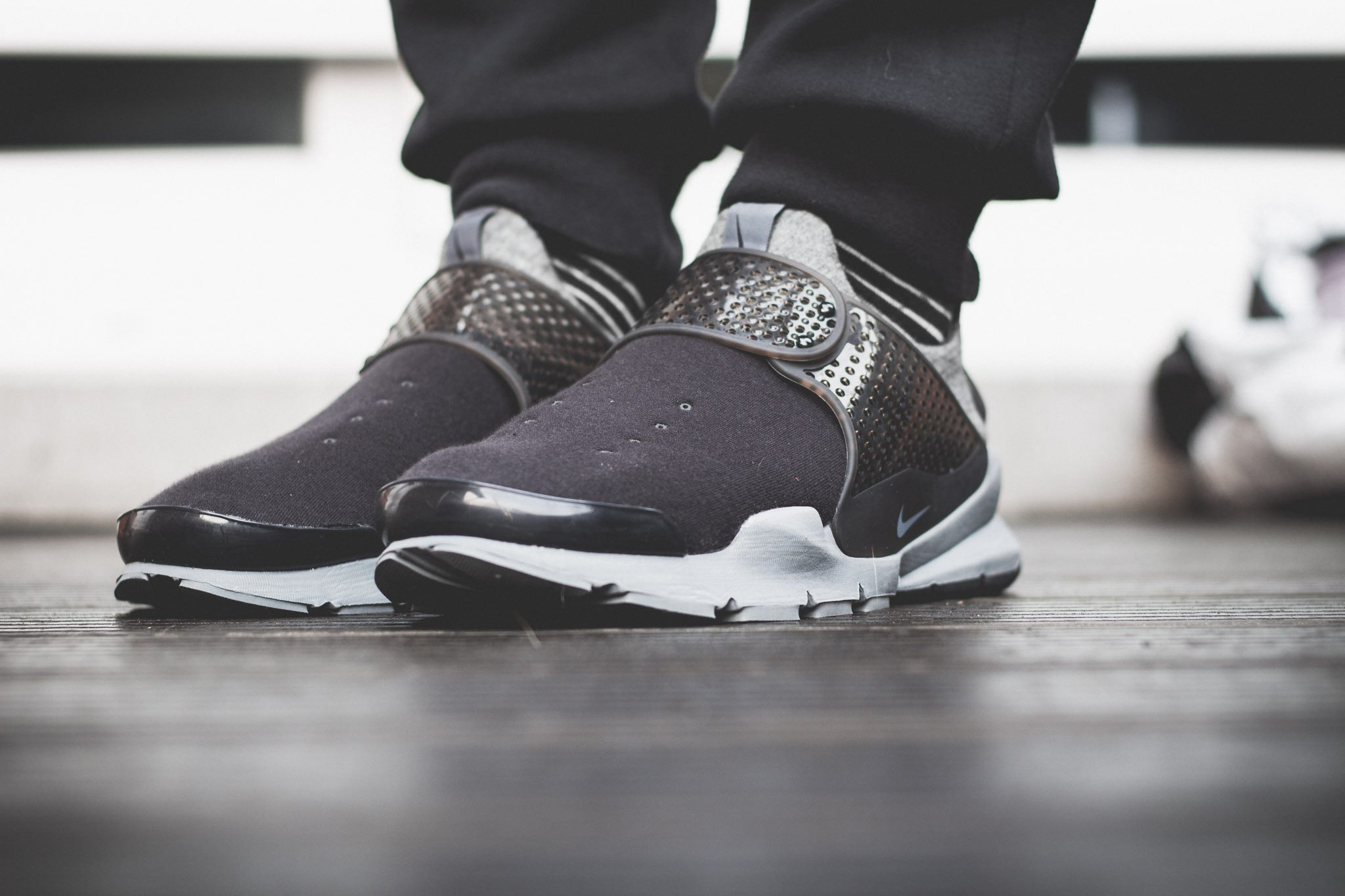NikeLab–Sock–Dart–Tech–Fleece 5