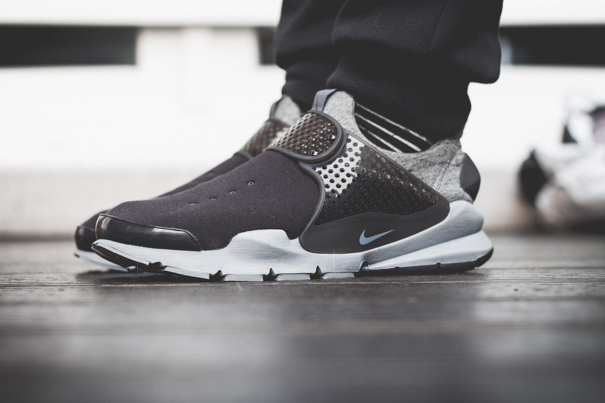 NikeLab–Sock–Dart–Tech–Fleece 6
