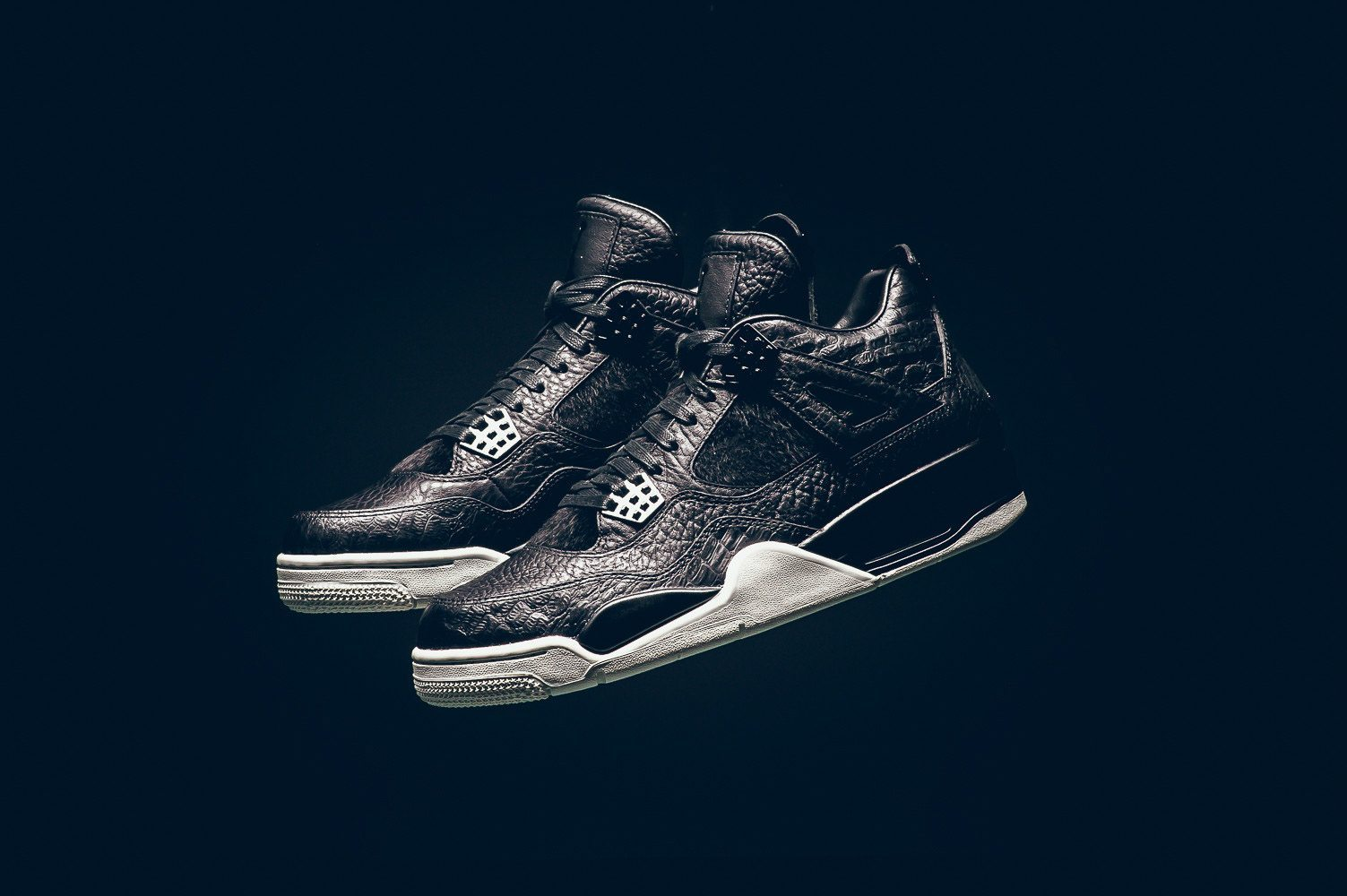 Air Jordan 4 Black Pinnacle Release Infos 1