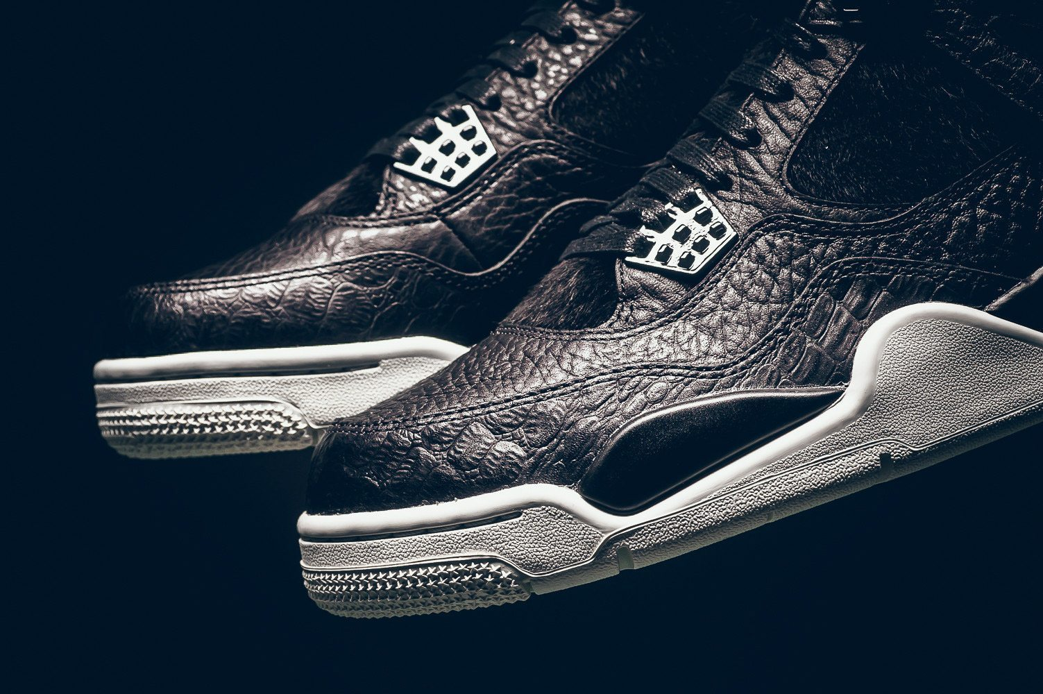 Air Jordan 4 Black Pinnacle Release Infos 2
