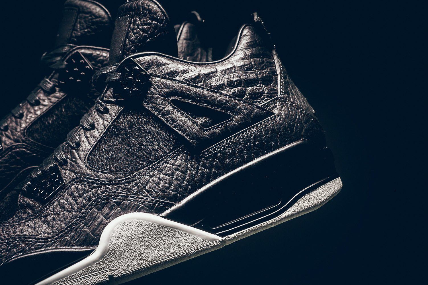 Air Jordan 4 Black Pinnacle Release Infos 3