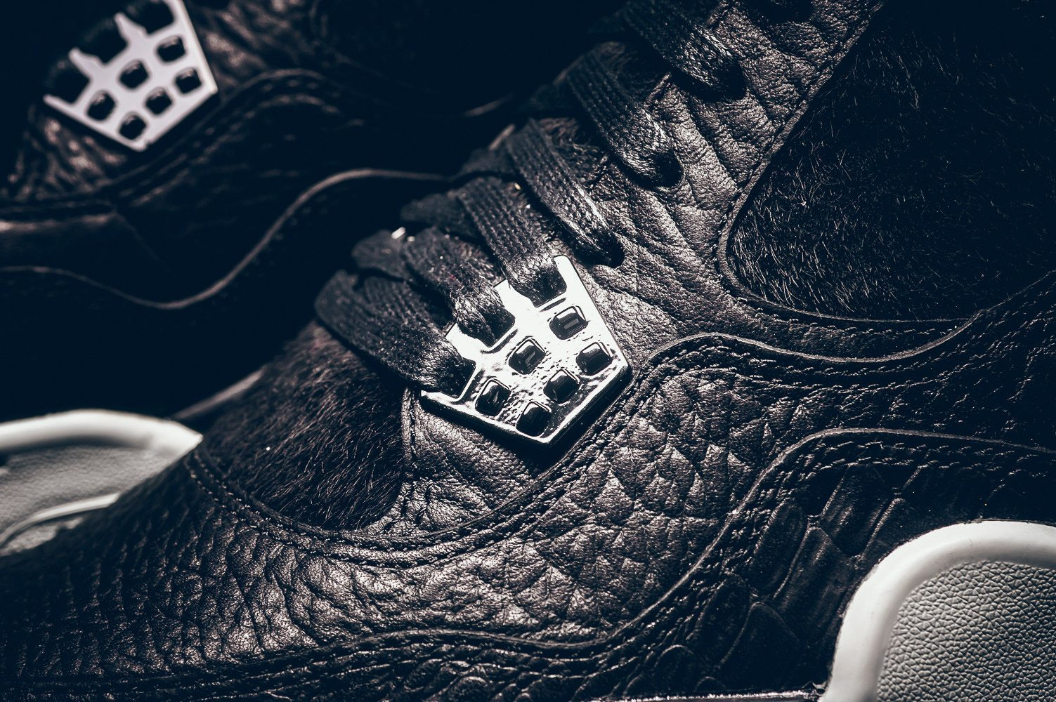 Air Jordan 4 Black Pinnacle Release Infos 5
