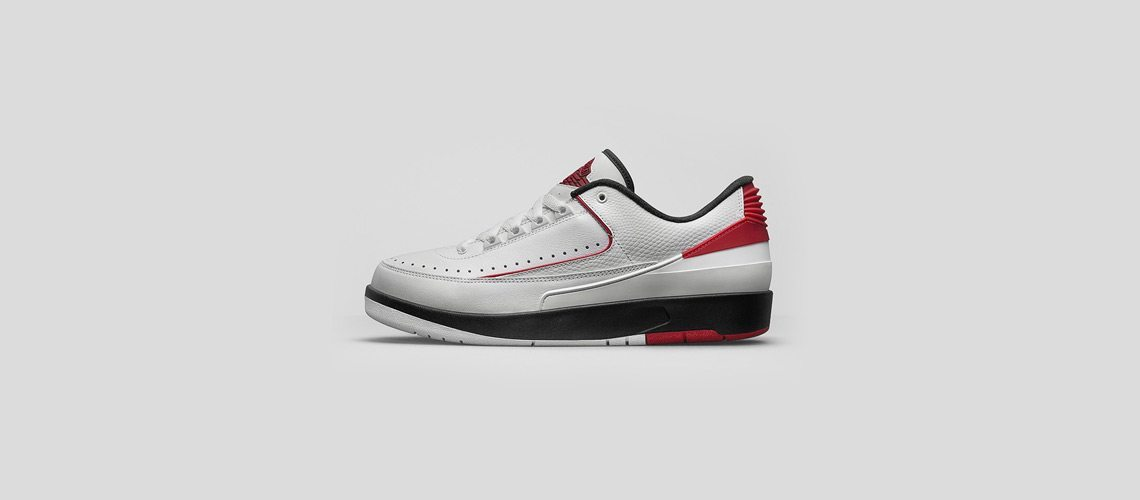 Air Jordan 2 Retro Low Bred