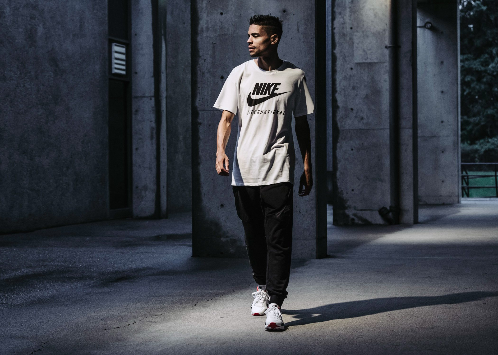 Nike Sportswear International Kollektion 14