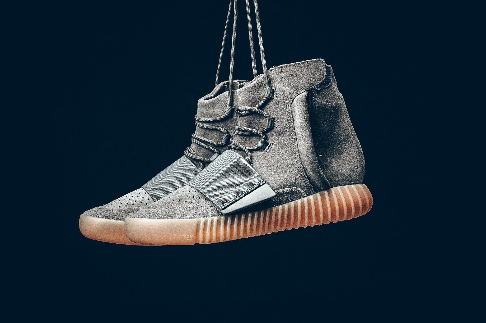 adidas Yeezy Boost 750 Light Grey 5