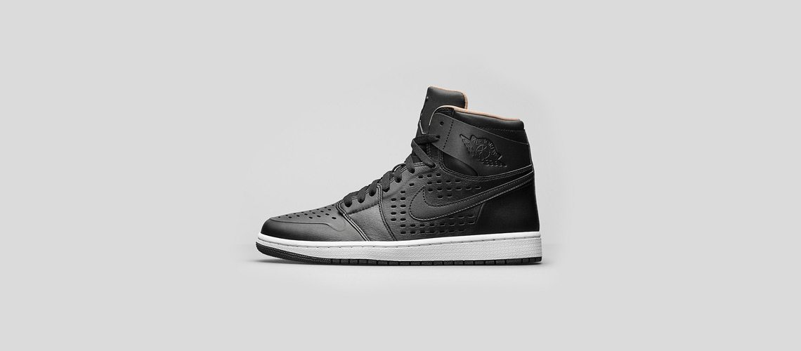 Air Jordan 1 High Black Vachetta