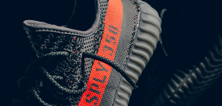 YEEZY Boost 350 V2 Release 730x350
