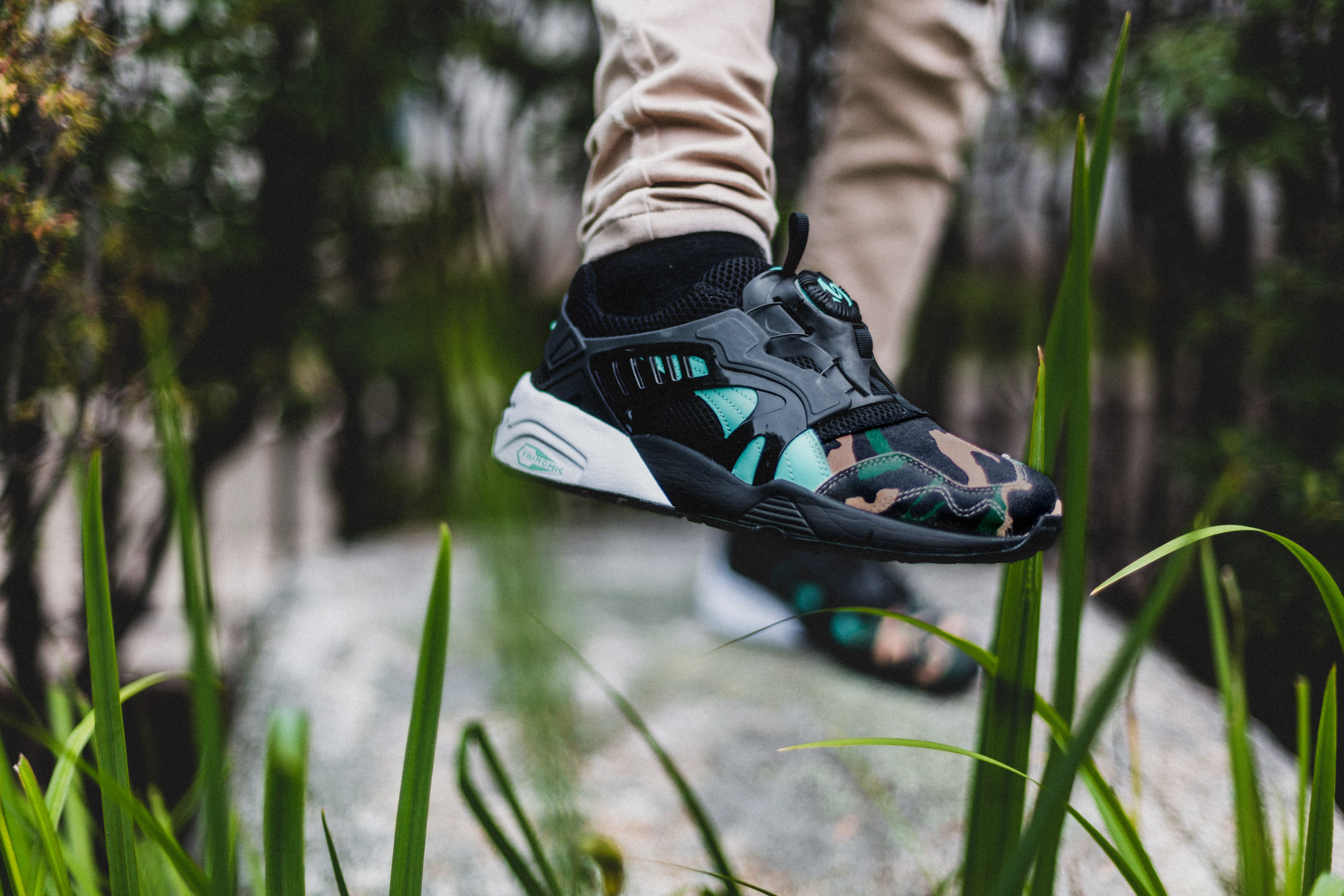 ATMOS x PUMA Disc Blaze Night Jungle 2
