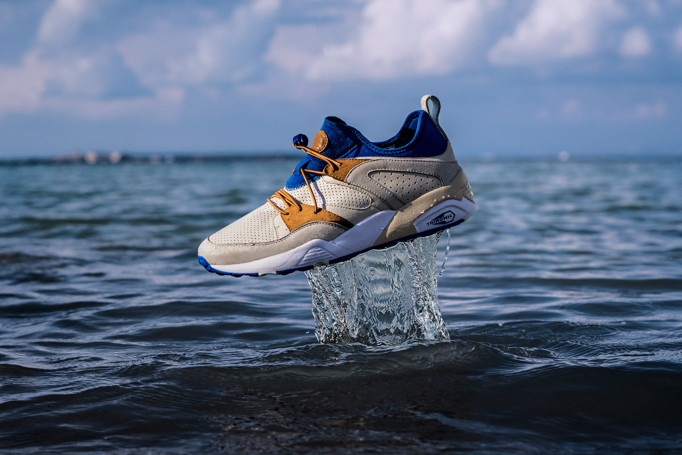 PUMA x SNEAKERS76 Blaze of Glory Soft 4