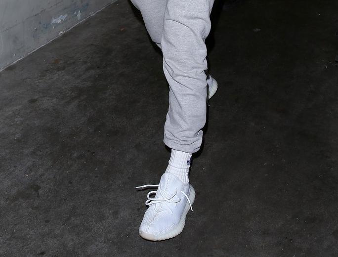adidas yeezy boost 350 white