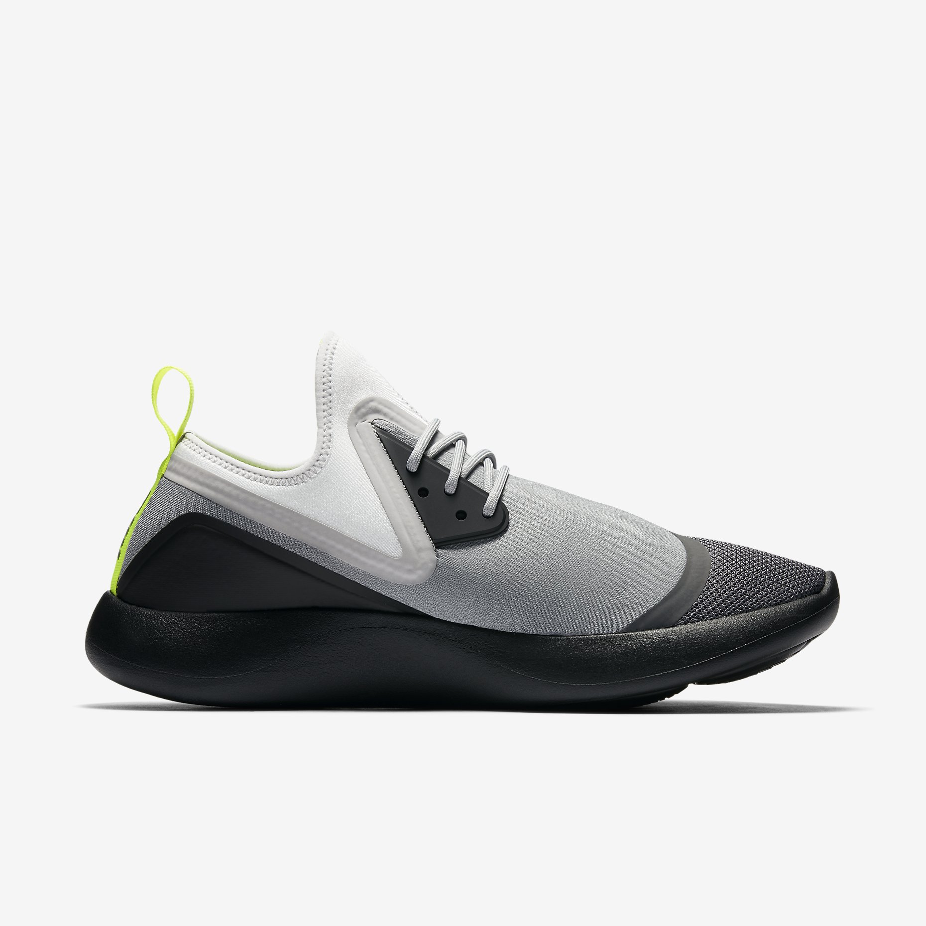 Nike LunarCharge Essential BN Neon 933811 070 1