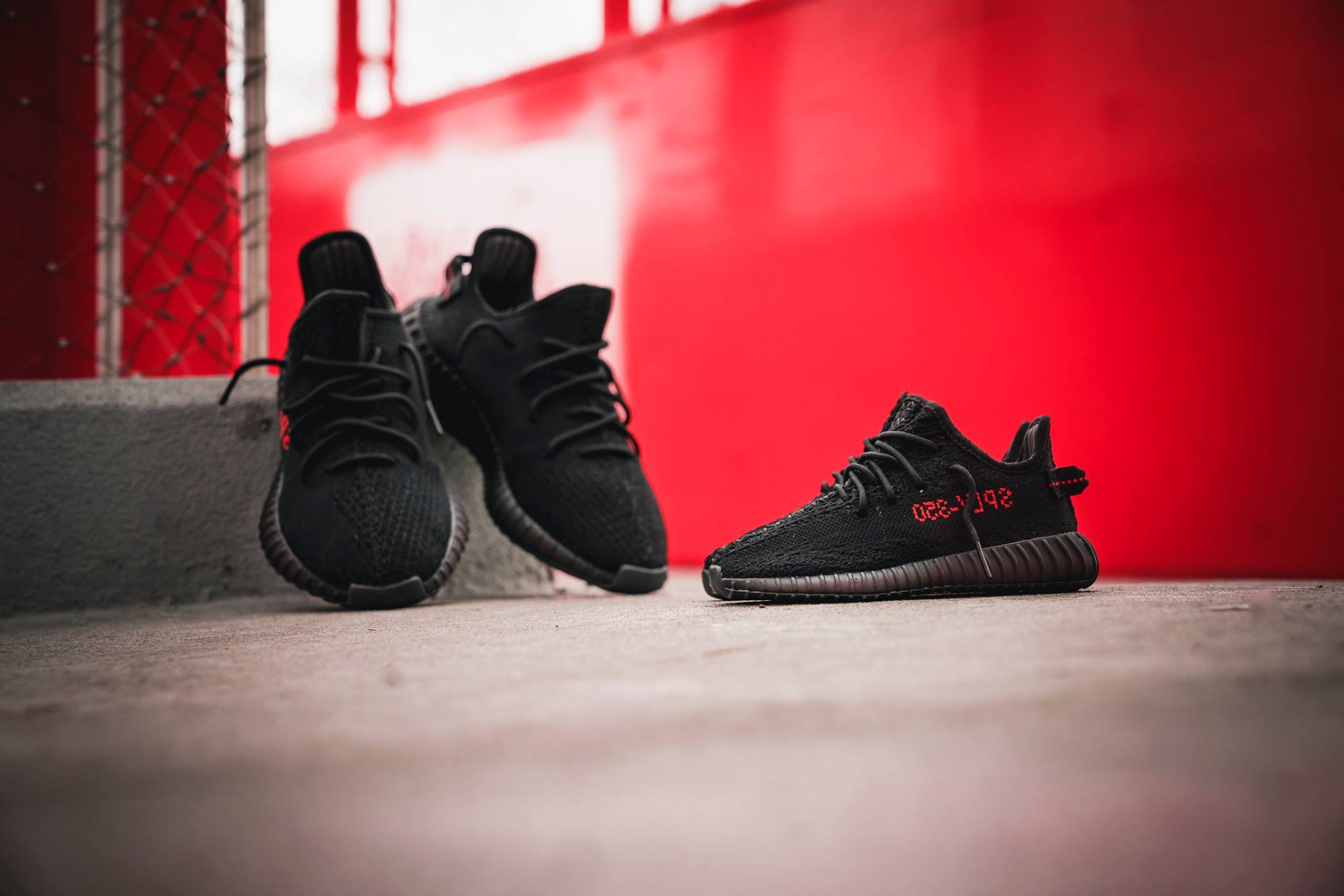 adidas YEEZY BOOST 350 V2 Core Black Red CP9652 2