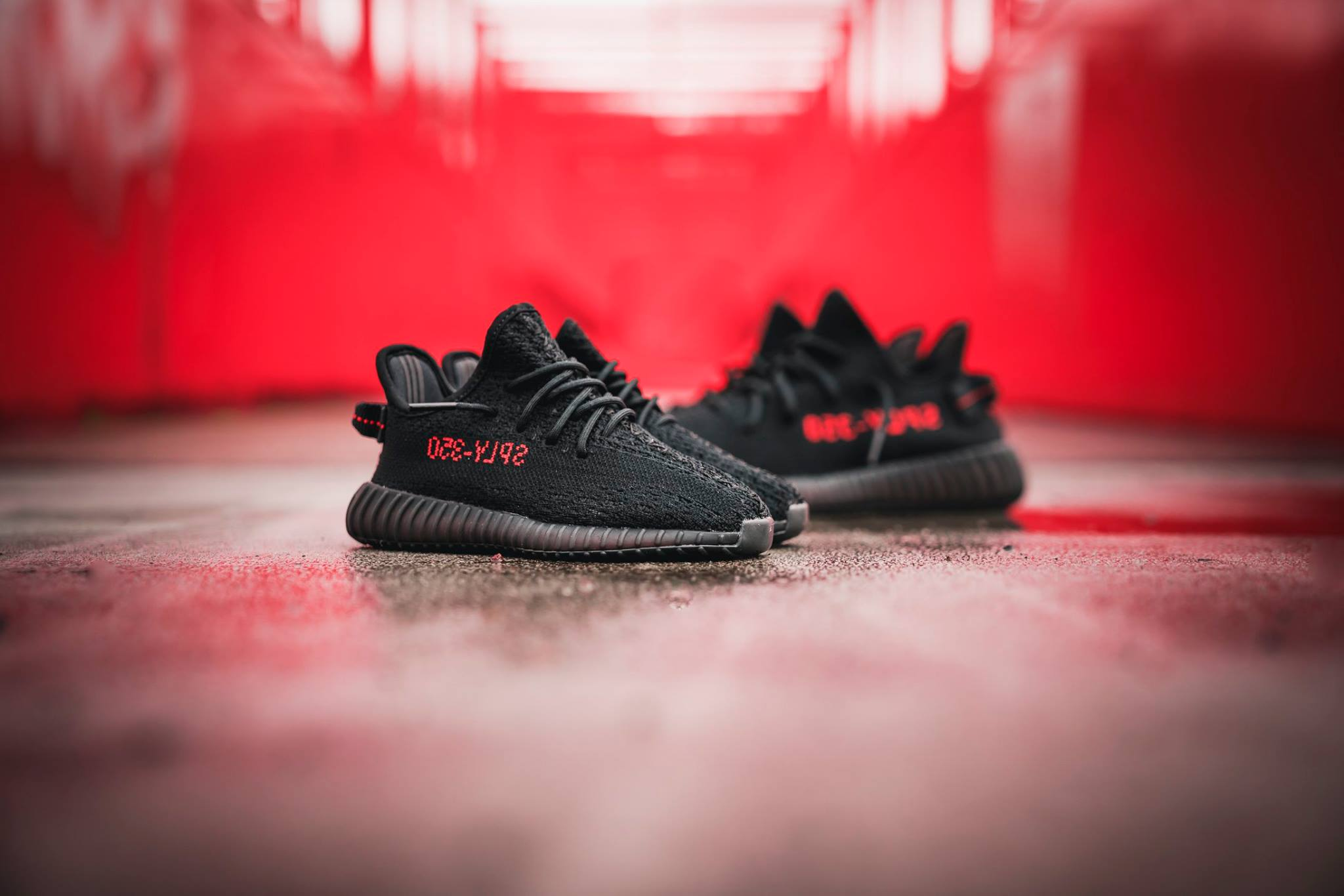 adidas YEEZY BOOST 350 V2 Core Black Red CP9652 5