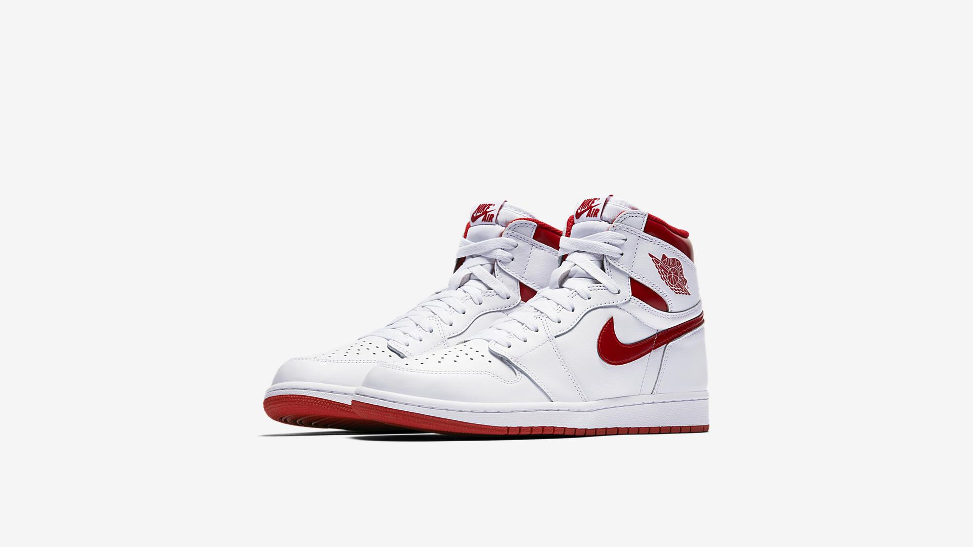 Air Jordan 1 Retro Metallic Red 555088 103 1