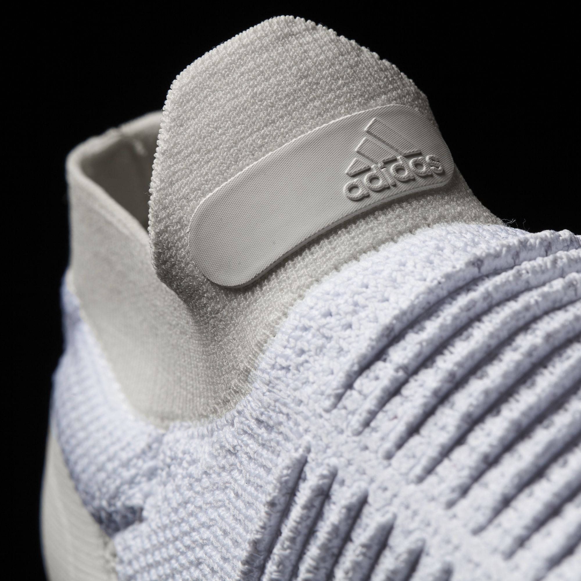 S80768 adidas Ultra Boost Laceless White 4