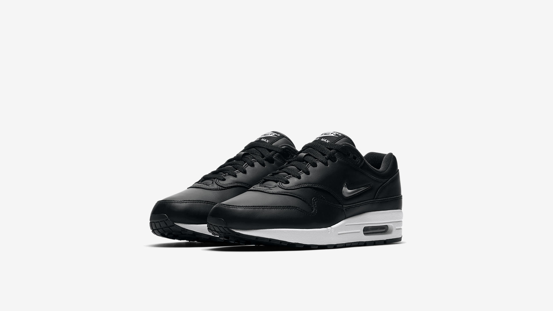 918354 001 Nike Air Max 1 Jewel Black Metal 1