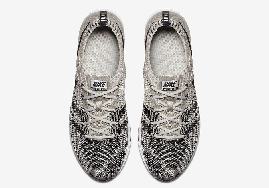 AH8396 001 Nike Flyknit Trainer Pale Grey 3