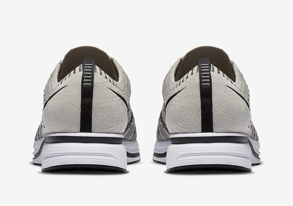 AH8396 001 Nike Flyknit Trainer Pale Grey 4