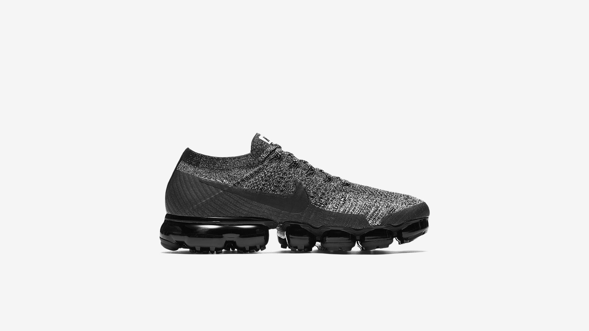 849558 041 Nike Air VaporMax Oreo 4