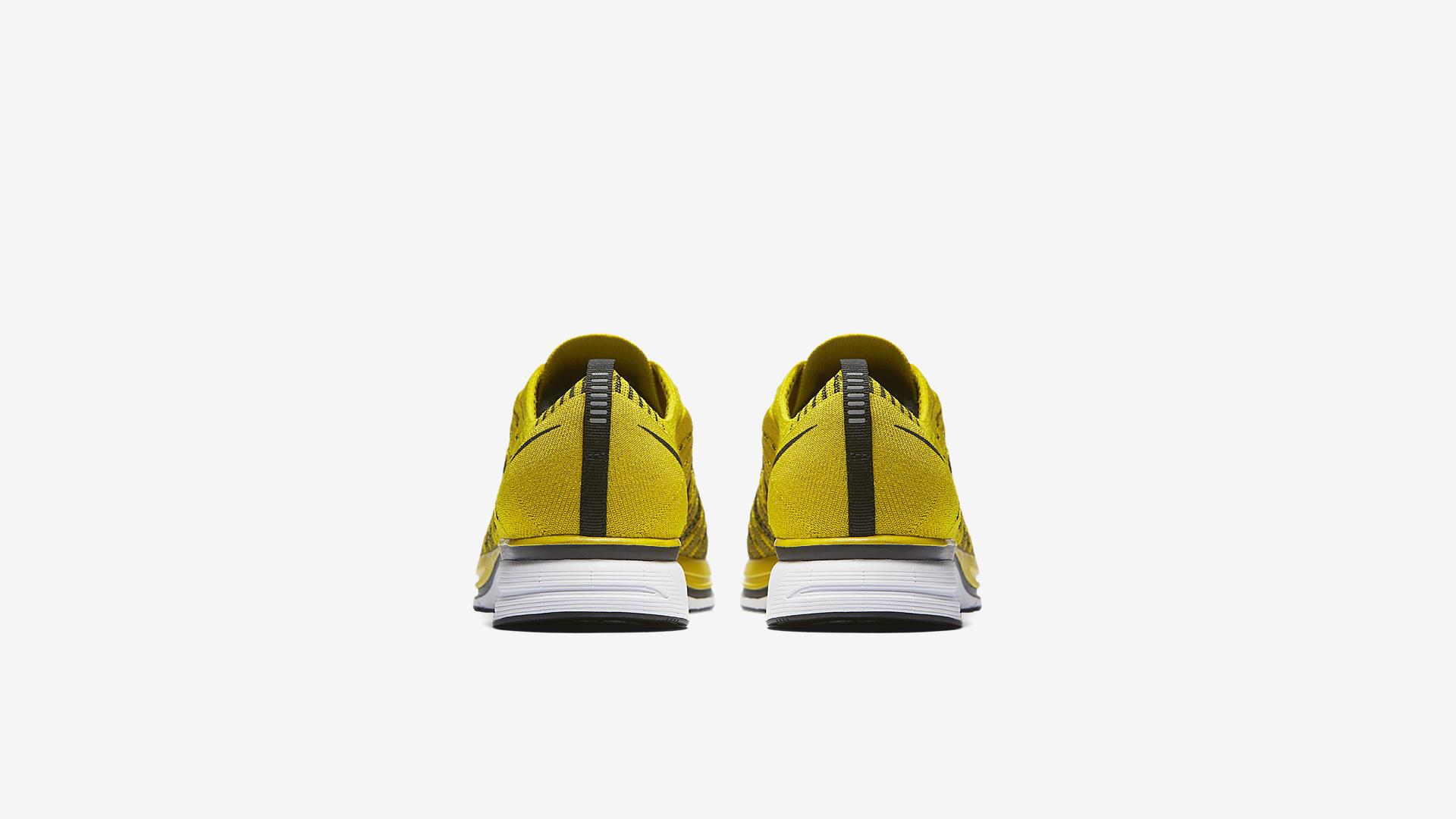 AH8396 700 Nike Flyknit Trainer Citron 2
