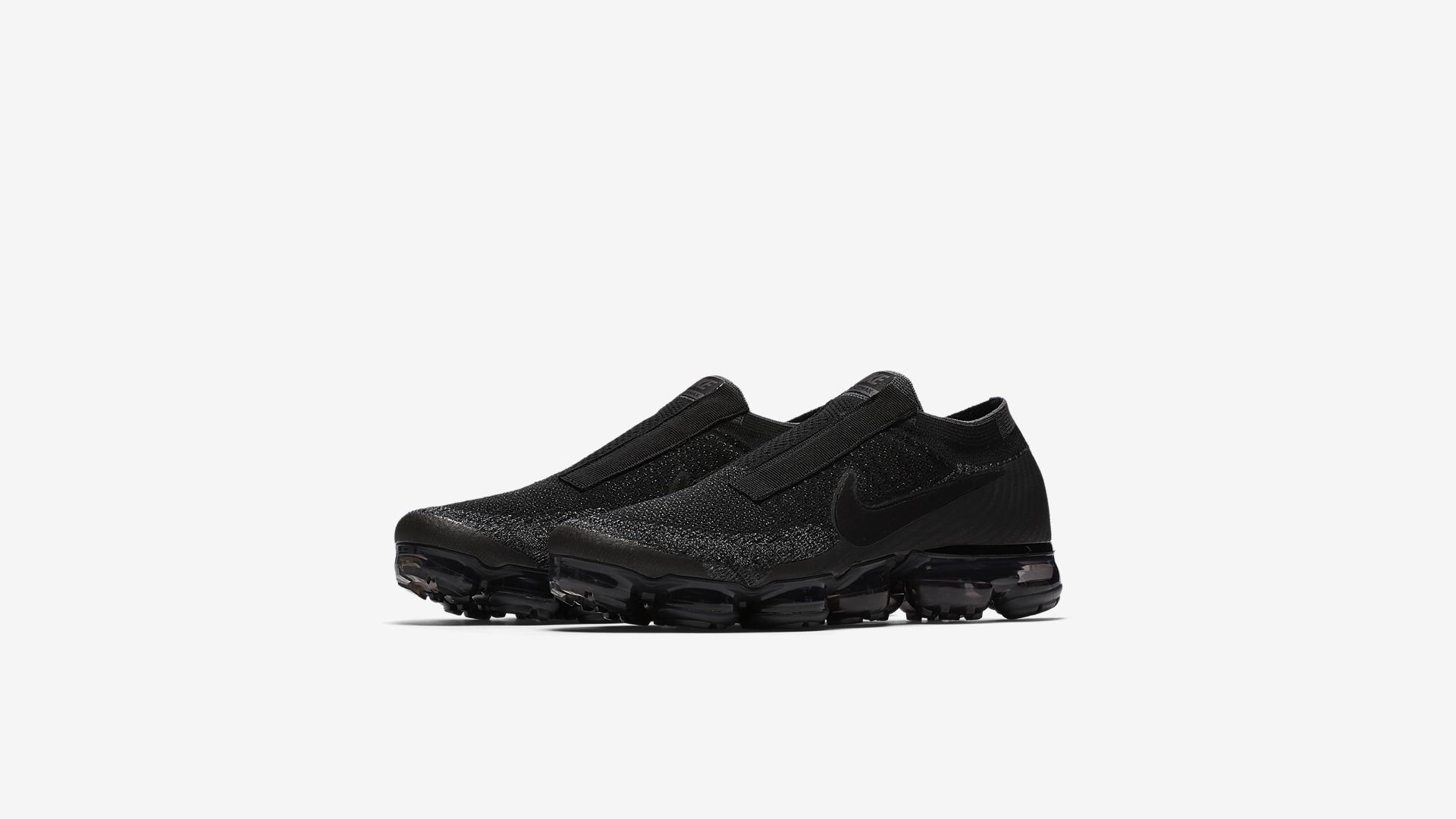 AQ0581 001 Nike Air VaporMax Laceless Night 1