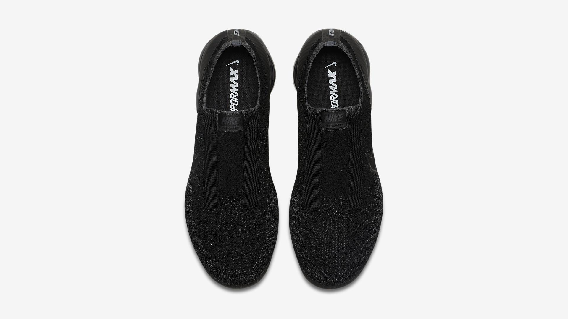 AQ0581 001 Nike Air VaporMax Laceless Night 3