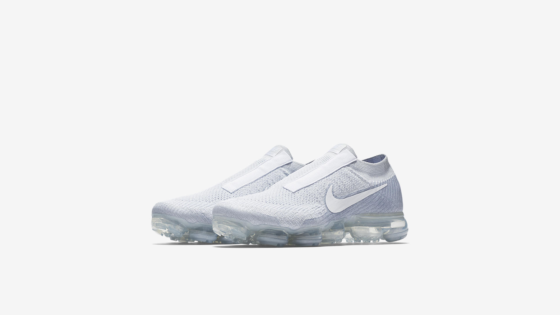 AQ0581 002 Nike Air VaporMax Laceless Pure Platinum 1