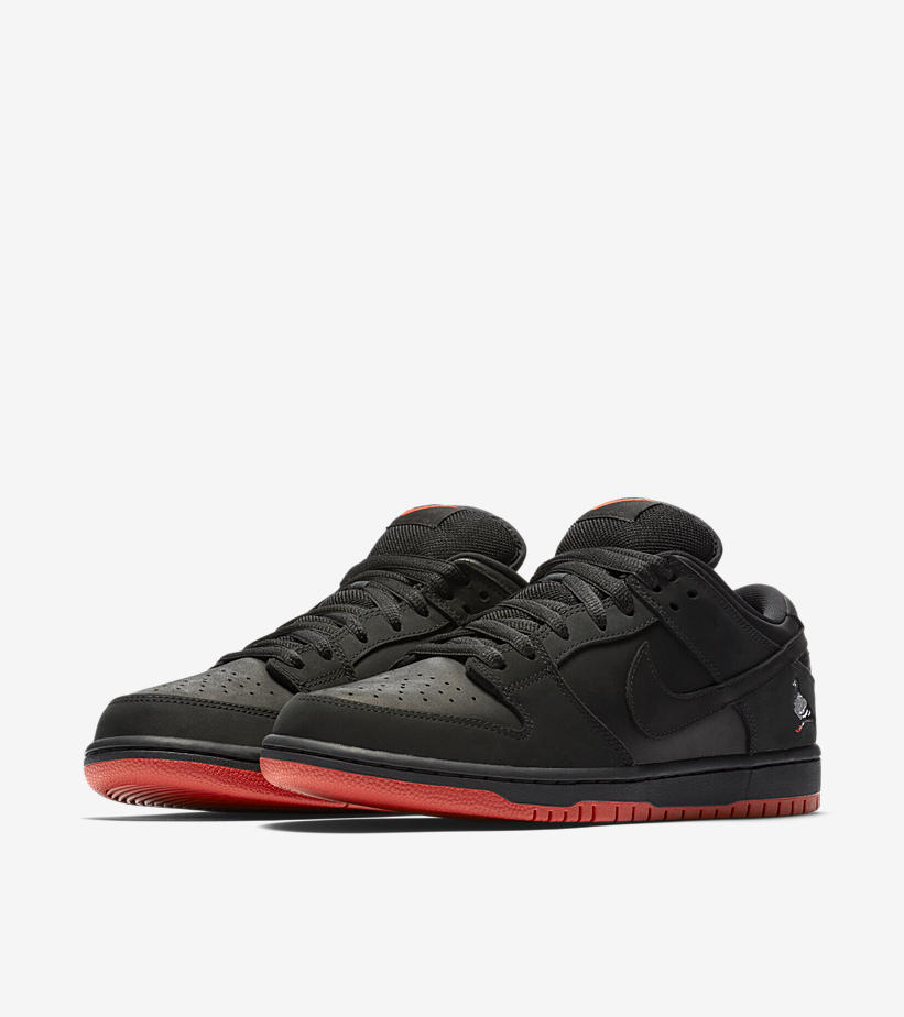 883232 008 Nike SB Dunk Low Pro Black Pigeon 1