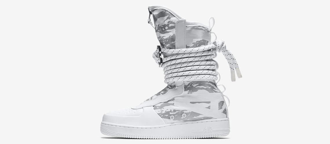 AA1130 100 Nike SF Air Force 1 Hi Triple White