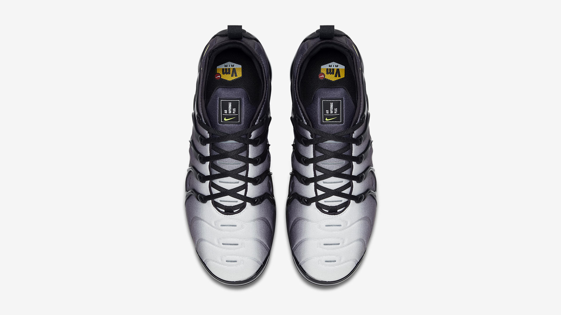 924453 009 Nike Air Vapormax Plus Black Volt 3
