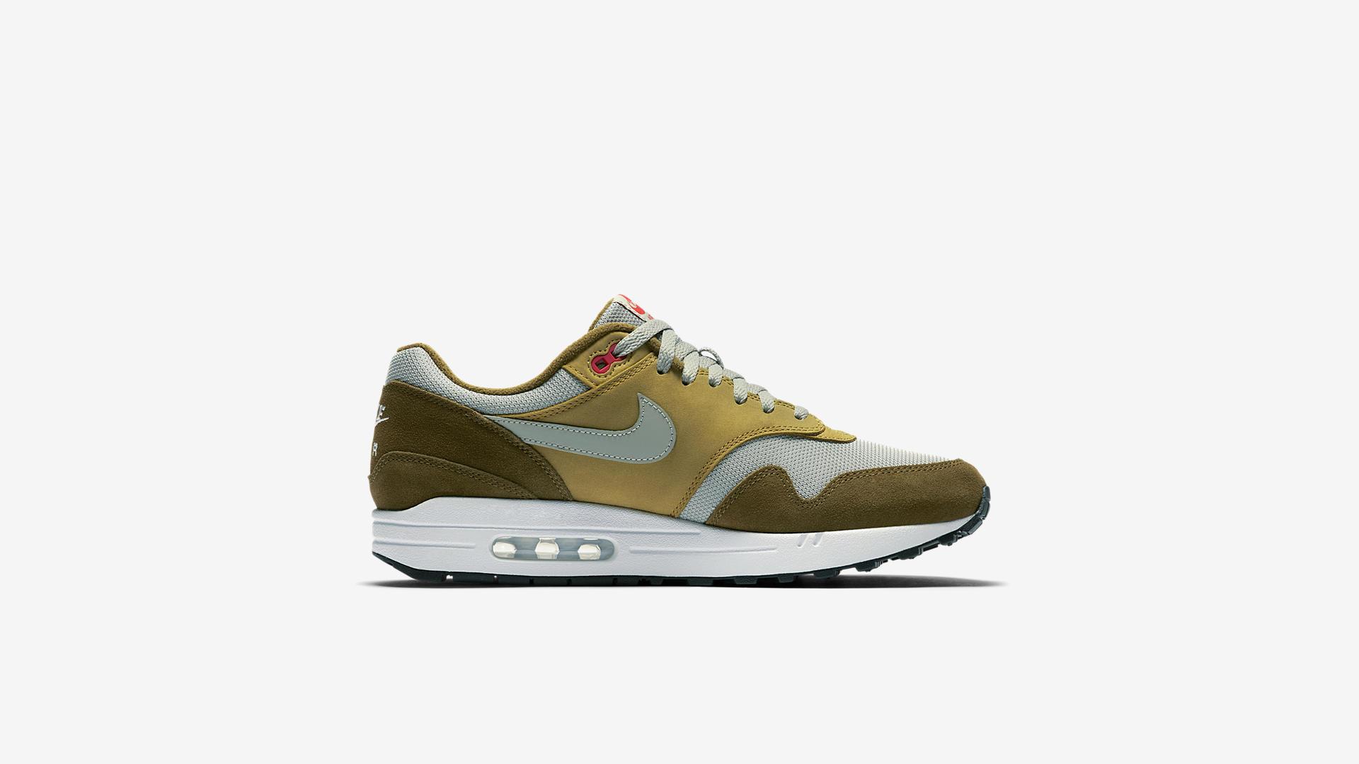 908366 300 Nike Air Max 1 Green Curry 3